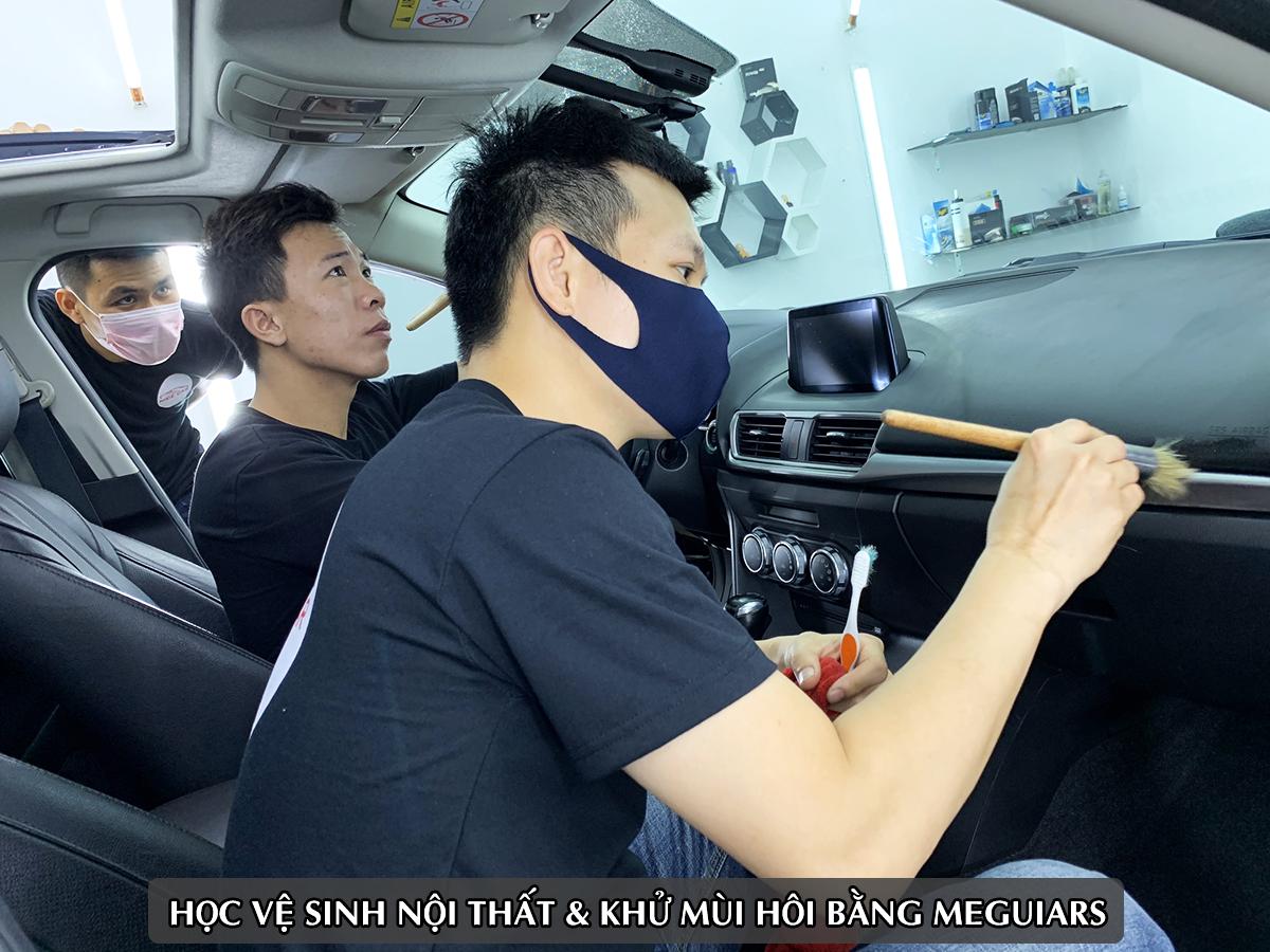 hoc cham soc xe chuyen nghiep tphcm