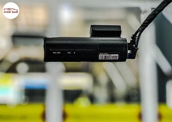 Camera hanh trinh KC01
